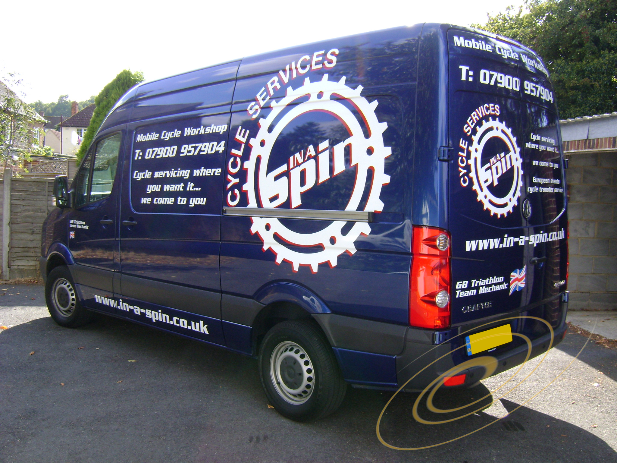 d40b159be5 vw crafter van signwriting kent. van picture graphics